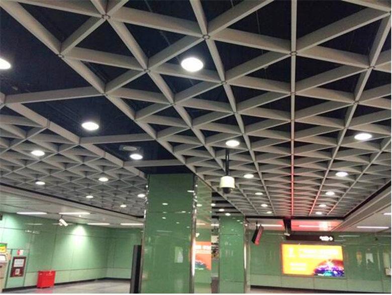 三角铝格栅吊顶装饰效果图